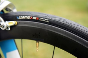 UnitedHealthcare is among the few top professional teams using clincher tires.