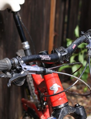The biggest component letdown was the 680mm Race Face handlebar — much too narrow for the Butcher