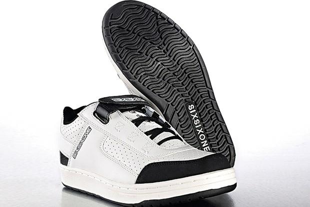 SixSixOne Filter SPD trail shoe