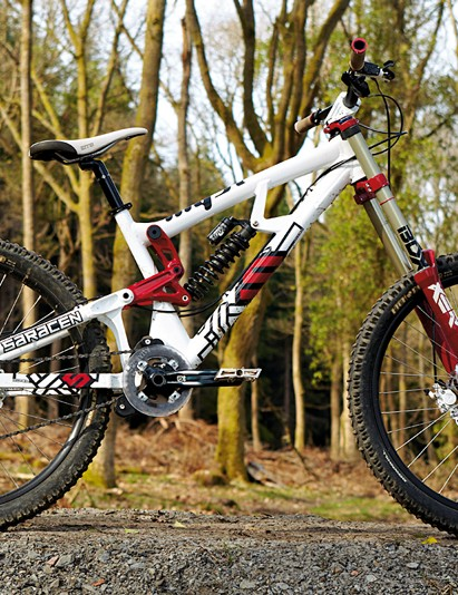 The Saracen Myst offers top class geometry, handsome looks and good  downhill performance for a low cost