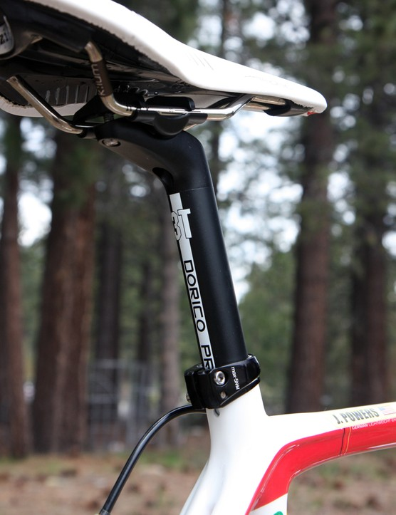 3T's Dorico Pro seatpost offers just the right amount of setback in this case