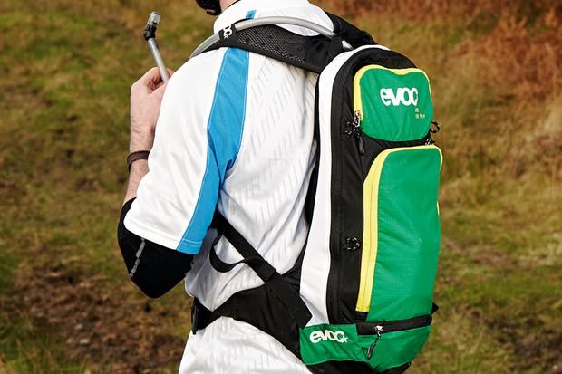 Evoc CC-10L backpack +2L Bladder