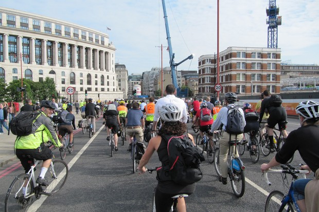Cyclists want the 20mph limit retained on Blackfriars Bridge in London