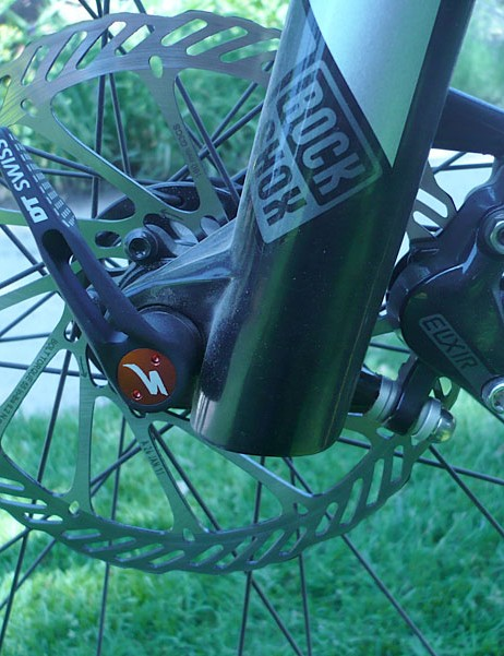 Avid Elixir 5 SL brakes are on the Specialized Fate Comp.