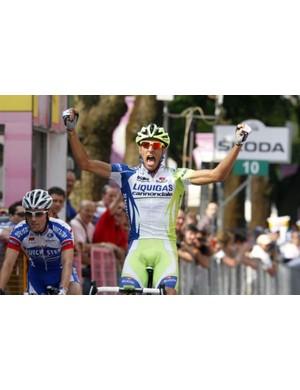 Eros Capecchi celebrates winning stage 18 of the recent Giro d'Italia in his usual team colours
