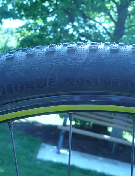 Specialized Renegade tire tread on the Specialized Fate 29er.