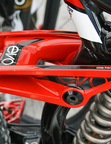 The Session 88's massive Evo link helps keep the back end stiff