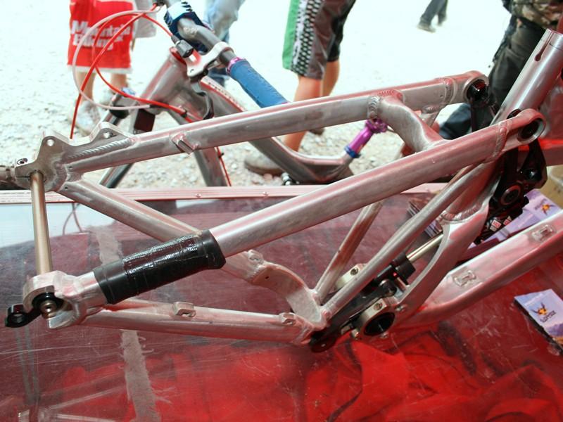Superstar downhill bike