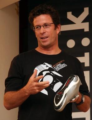 Steve Delacruz explains the R3Sl shoe