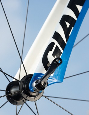 Giant's semi carbon fork isn't light but it's very comfortable without sacrificing control