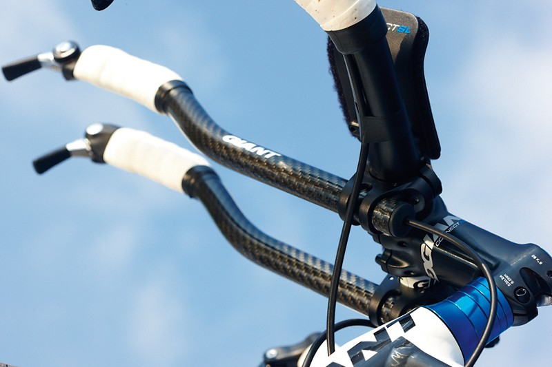 The low-slung carbon tri bar extensions are perfect for such a focused high-velocity ride