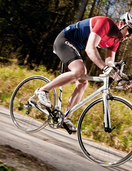 Press the pedals and it responds with an enthusiastic sharpness that'll keep you keen through interval sessions