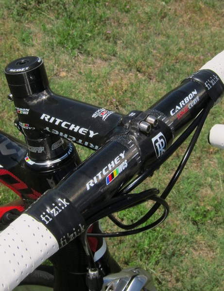 Ritchey supply Scott with custom unidirectional-finish versions of their carbon-wrapped stem and carbon bar