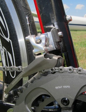 Scott use the titanium caged version of SRAM's Red front derailleur for the FOIL Team Issue