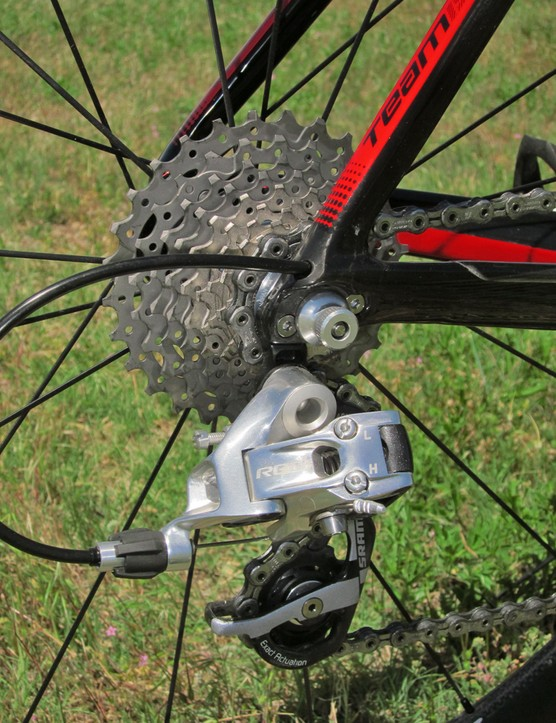 Scott sub a Shimano Dura-Ace cassette and chain into the otherwise complete SRAM Red group on the FOIL Team Issue