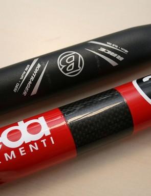 Deda Elementi's M35 handlebar, bottom, compared to a 31.8mm Bontrager bar