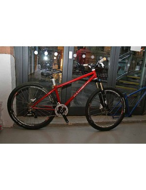 Hammoon also make mountain bike frames, including this four-cross model