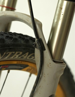 SID is equipped with a clean mechanical disc brake line boss
