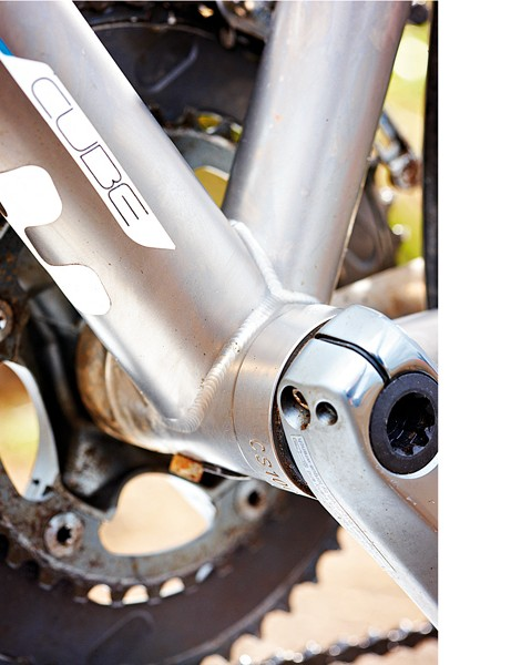 Press-fit bottom bracket adds extra stiffness where it's needed