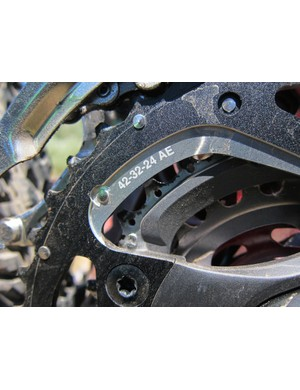 Shimano's Dyna-Sys concept uses more closely spaced chainring ratios that require fewer