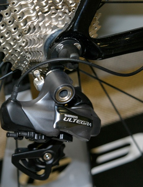 Rubber grommets will space out the difference in diameter between Dura-Ace Di2 and Ultegra Di2's cabling