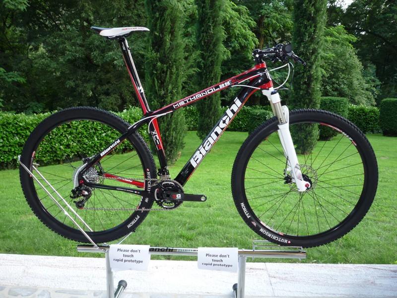 Bianchi's Methanol 29 carbon hardtail