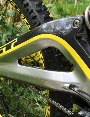 Marc Beaumont's GT Fury has a carbon swingarm with internal cable routing