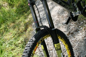 Marc Beaumont's GT Fury - check out the BlackBox RockShox Boxer fork
