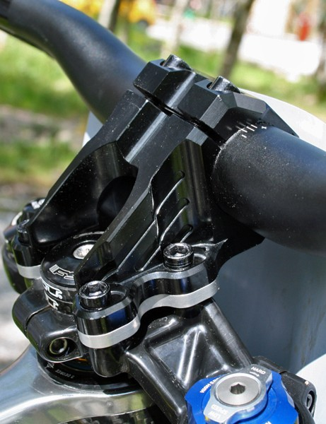 A custom stem riser helps Beaumont achieve his preferred fairly high front end