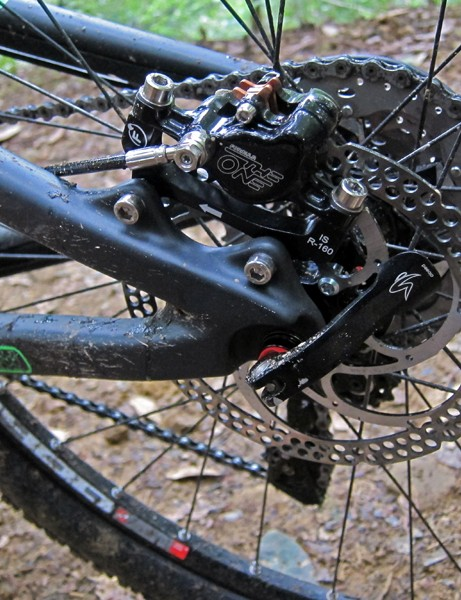 Carbon fiber is even used for the dropouts and IS disc brake tabs