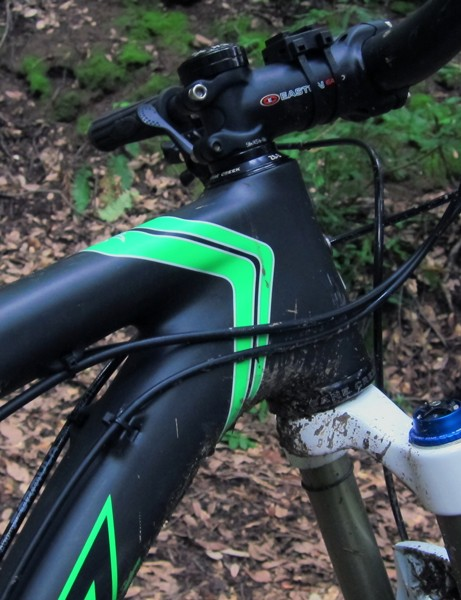 The new Santa Cruz Blur TRc features a tapered front end but instead of molding the bearing seats directly into the head tube, Santa Cruz has opted for press-in cups