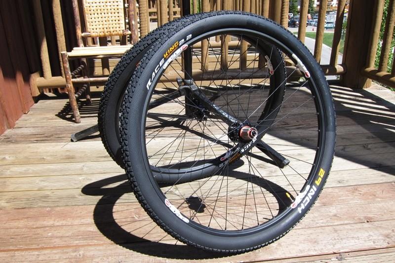 Acros' new A-Wheel .74 29er wheelset