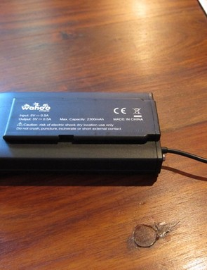 Wahoo's battery pack adds 6hrs of run time to the iPhone