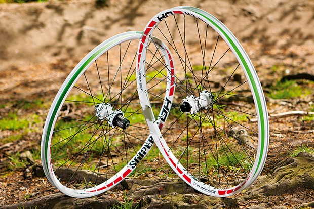 Blackjack Sniper DH wheelset