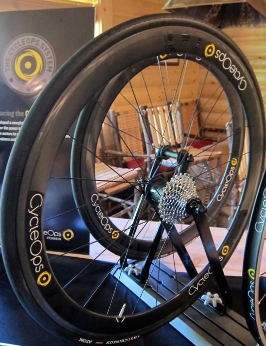 CycleOps 45mm Enve carbon clincher