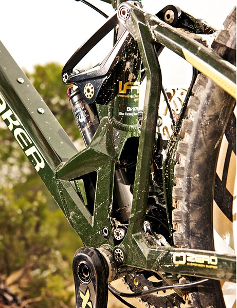 The Zero suspension system uses the 160mm of travel effectively