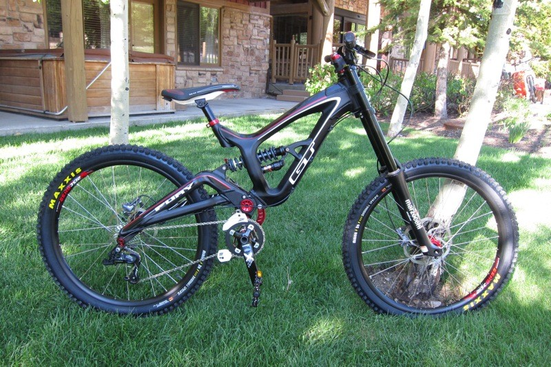 GT's alloy Fury DH rig
