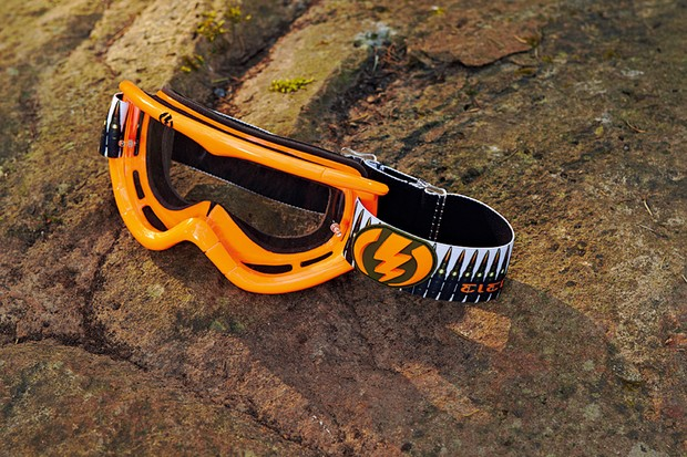 Electric Visual EG1 MX goggles