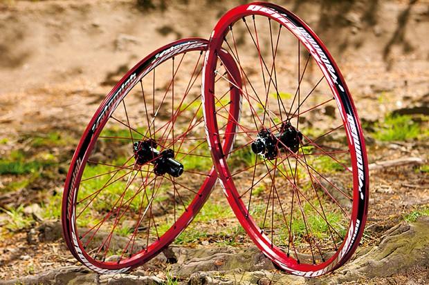 Atomlab Pimplite custom wheelset