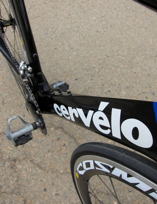 The S5's down tube transitions to flat from drop shaped to direct airflow around water bottles