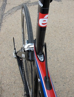 The S5 uses a seat post and clamp similar to the P4