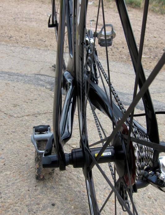 Narrow seatstays and aero shaped chainstays highlight the rear triangle