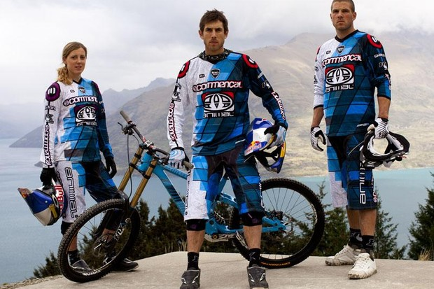 Dan, Gee and Rachel Atherton above Queenstown, New Zealand during their pre-season camp