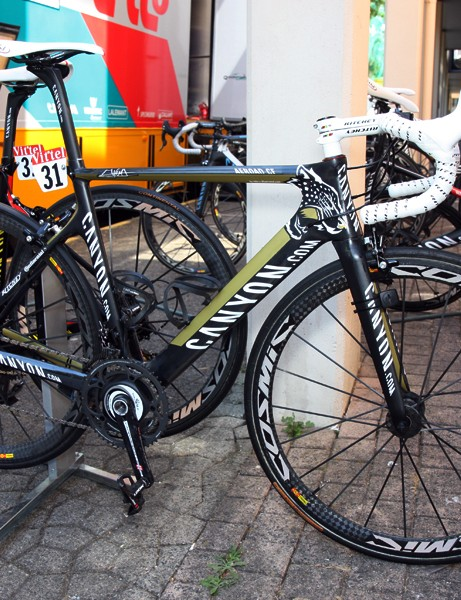 Jurgen Van Den Broeck gets this custom painted Canyon to use this year