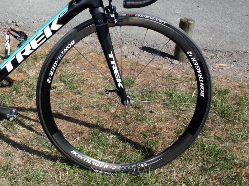 Bontrager debuted these new 36mm-deep Aeolus 3.0 carbon tubulars on the bikes of Leopard Trek