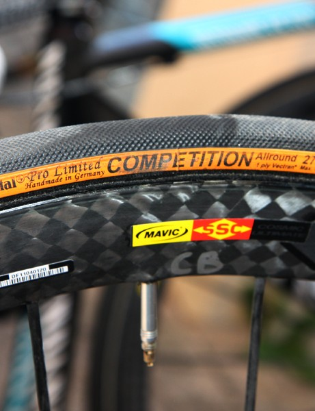 Continental Competition Pro Limited Allround tubulars are mounted on Mavic Cosmic Carbone Ultimate carbon wheels