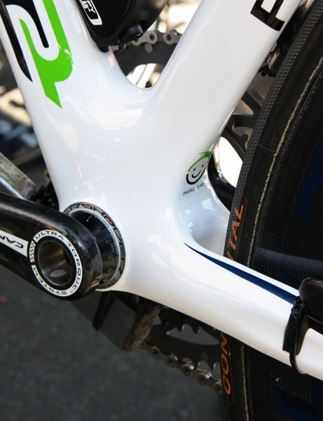 Pinarello's Dogma2 flagship still sticks with conventional threaded cups
