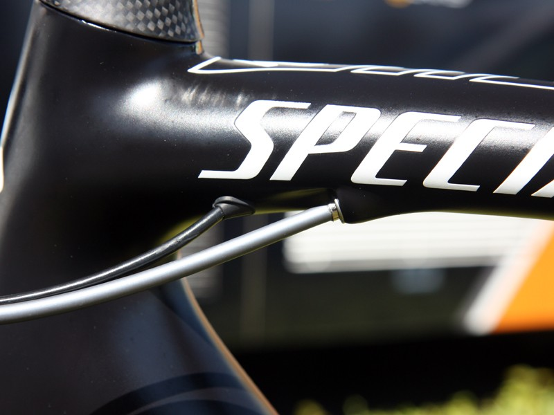 The Di2-specific routing on Tejay Van Garderen's (HTC-Highroad) Specialized McLaren Tarmac SL4 is particularly clean