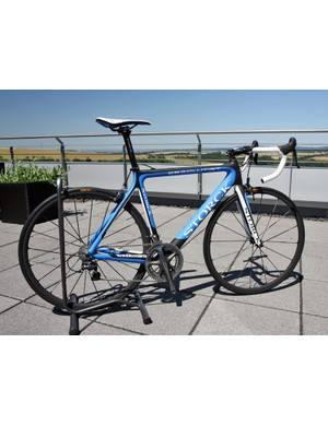 Storck have redesigned their Absolutist for 2012, giving it a more aggressive tubeset, internal cable routing and a new press-fit bottom bracket shell with correspondingly broader chainstay spacing
