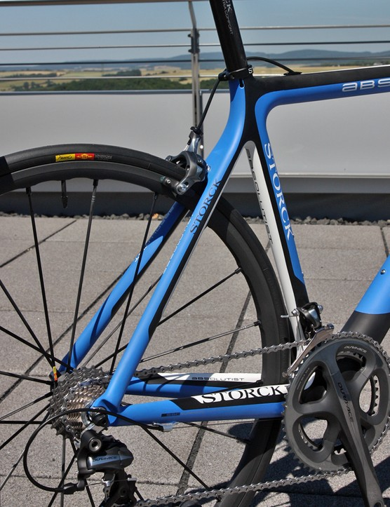 Storck's top-end frames get proportional stays to maintain consistent ride quality across the size range but that feature is omitted from the Absolutist in order to keep the price more reasonable